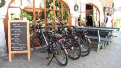 Leih-Fahrräder und auch Leih-Auto Arterhof